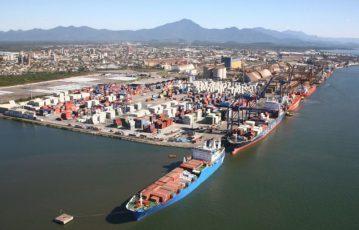 R$ 811 bilhões é o montante gasto em logística por ano no Brasil