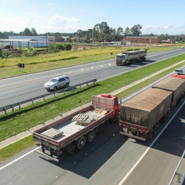 Ociosidade da frota de caminhões é menor do que parece