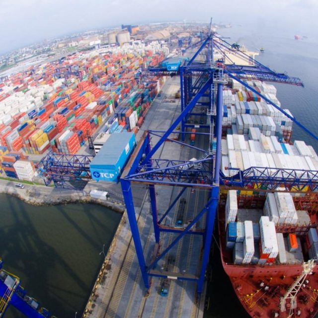 A operadora chinesa,  China Merchants Port (CMPort) anunciou a compra, por R$ 2,9 bilhões do TCP de Paranaguá