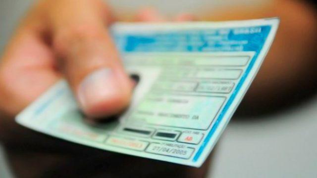 Quais são as categorias de CNH e permissões para dirigir que existem?