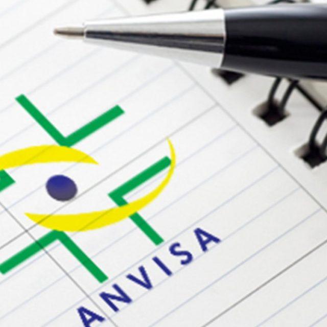 Licença da ANVISA garante as normas de armazenagem e transporte de cargas especiais.