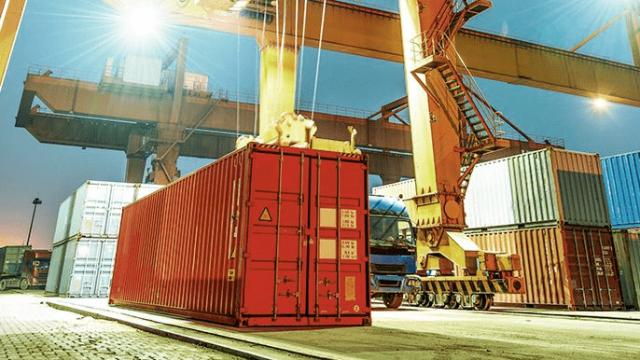 Conheça os 4 tipos de movimentação de carga