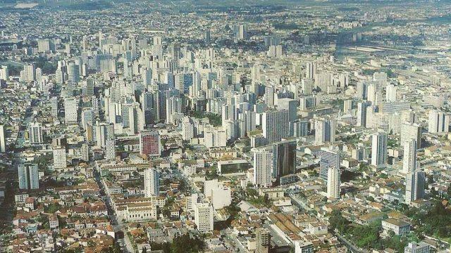 Curitiba é a segunda cidade brasileira com mais vagas de emprego no setor de logística