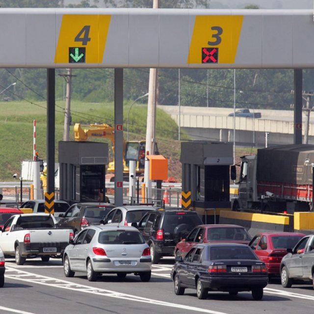 Reajuste de pedágios começa no dia 1º de julho nas rodovias paulistas Na maioria das praças, o aumento será de até R$ 0,20