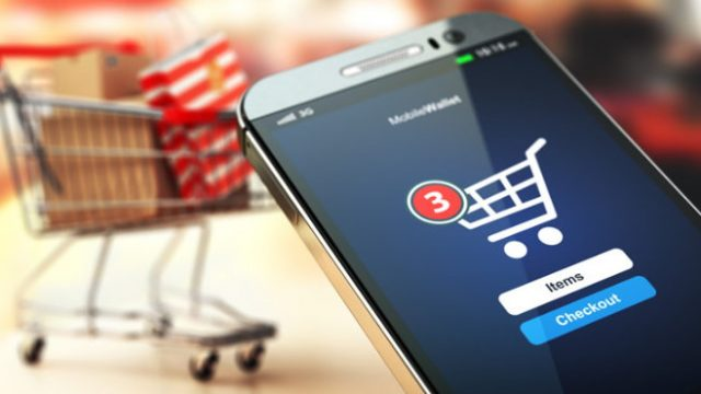 Vendas online levam shoppings a se reinventar e focar logística