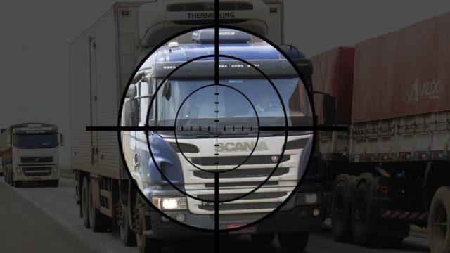 Como garantir segurança de cargas no transporte rodoviário