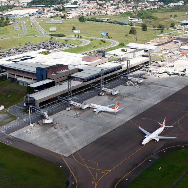 Aeroporto internacional de Curitiba completa 71 anos